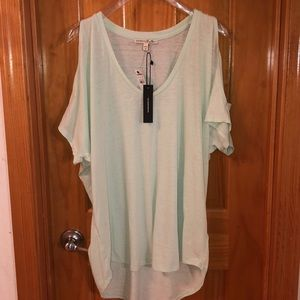 Dress Tee with open Shoulders